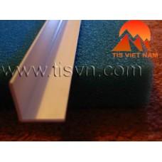 V Plastic Bar